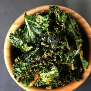 cheesy-kale-chips
